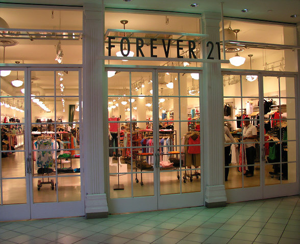 Clothing stores Women clothing store